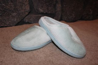 Nature's Sleep Memory Foam Slippers – Review and Giveaway